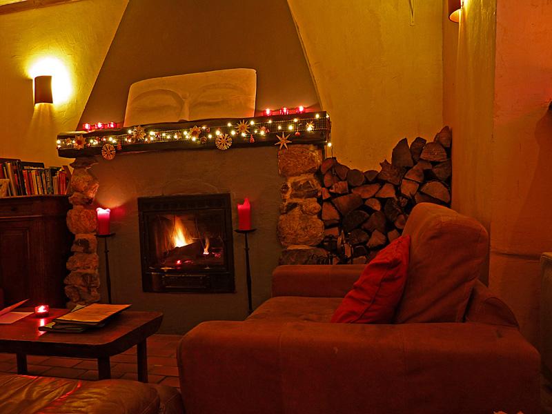 Buddha fireplace small